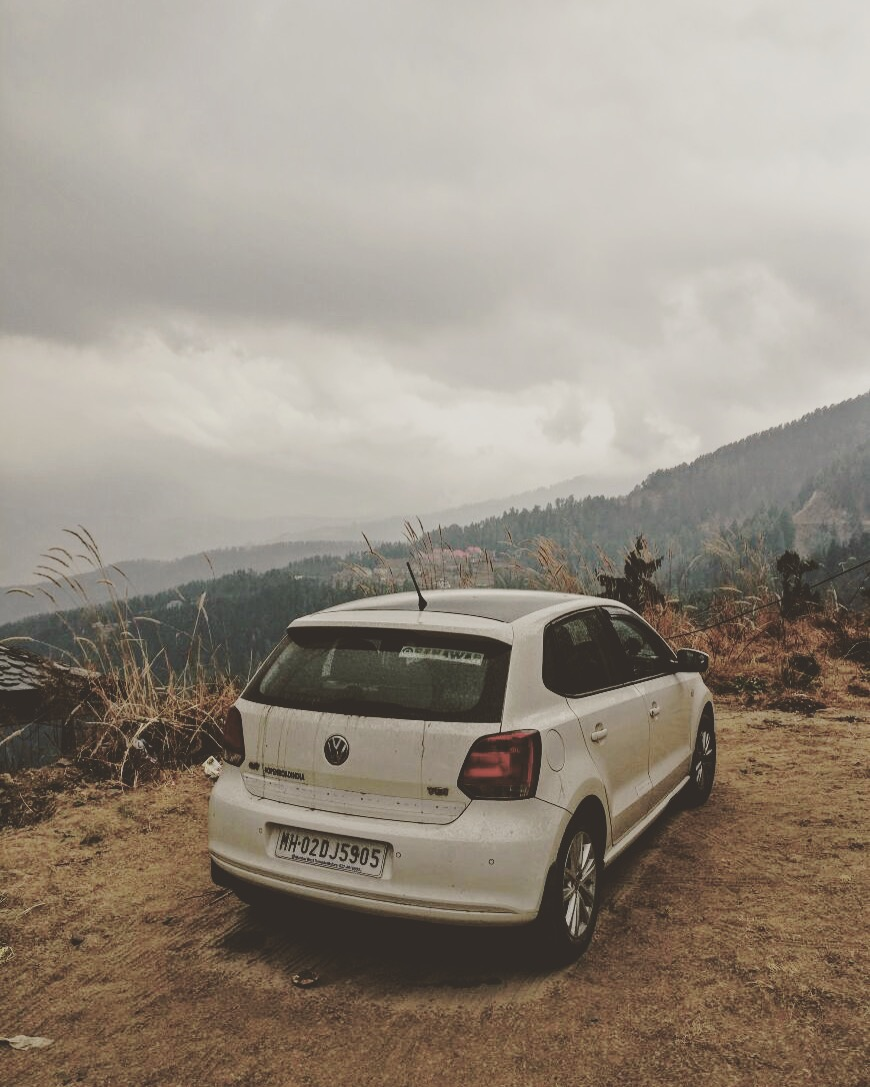 Official #openroadindia transport since 2014, at an altitude of 7700ft. #snowfall #incoming #mashobra #himachal #hp
